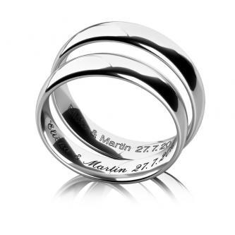Služba k objednávaným snubním prstenům.
