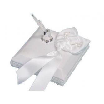 Elegantní stojan na pero a kovové pero v sestavě s motivem bílých lilií.