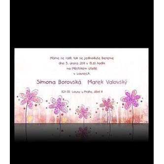 Moderní svatební oznámení 170x95, kartičkové oznámení s růžovými malovanými kytičkami.
