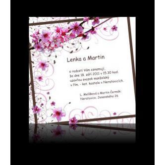 Moderní svatební oznámení 137x137, kartičkové s motivem květů třešne. Velmi oblíbené svatební oznámení