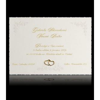 Krémové svatební oznámení,s motivem srdcí kartička, 150x105, zlatý tisk.