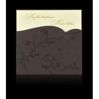 Svatební oznámení - tmavě hnědá kapsa s krémovou kartičkou, květinový ornament, 145x145, zlatá ražba.