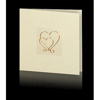 Krémové otevírací svatební oznámení s motivem srdcí měděné barvy, hnědý tisk. (změnou tisku se barva srdcí nezmění)
