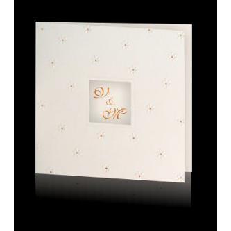 Perleťové krémové svatební oznámení, 130x130, slepotisk ve tvaru květin, měděný tisk.