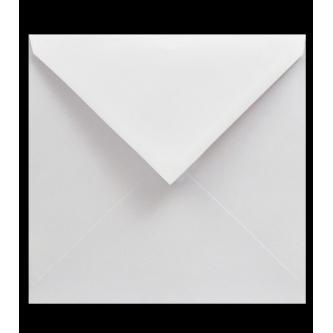 Samostatně prodejná obálka na svatební oznámení. Bílý kvalitní papír, čtvercová, 140x140 mm.
