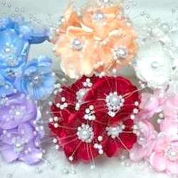 Kytice růží s perličkami