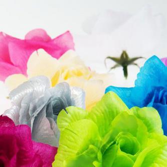 Umělý látkový květ růže, různé barvy, velikost cca 15cm.